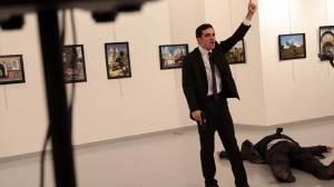 Τουρκία: Νεκρός ο Ρώσος πρέσβης - Δείτε το βίντεο της δολοφονίας του από ισλαμιστή