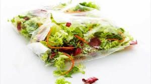 Οι κίνδυνοι που κρύβουν οι συσκευασμένες σαλάτες