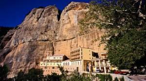 Το ιστορικό μοναστήρι της Κοίμησης της Θεοτόκου, Μέγα Σπήλαιο