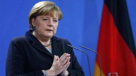 TAZ : «Κρυφή εθνικίστρια η Μέρκελ με θύμα την Ελλάδα»