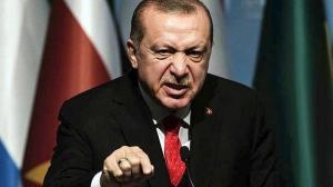Ο Ερντογάν τραγούδησε, «…Θα ρίξω τους Έλληνες στη θάλασσα»