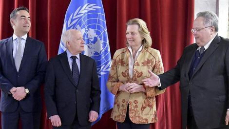 Σκοπιανό : Νίμιτς, Κοτζιάς, και Ντιμιτρόφ ολοκλήρωσαν την συνάντηση τους
