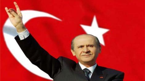 Μπαχτσελί: «Η Τουρκία μπορεί να προσφύγει ξανά στις κάλπες αν δεν έχουμε πλειοψηφία του AKP - MHP»