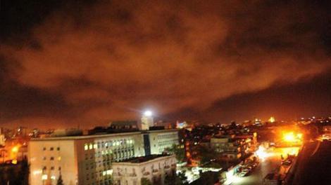 Συρία: ΗΠΑ, Γαλλία και Βρετανία χτύπησαν με πυραύλους στις 4.00 τα ξημερώματα
