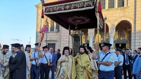 Η λιτανεία του σκηνώματος του Αγίου Διονυσίου στη Ζάκυνθο
