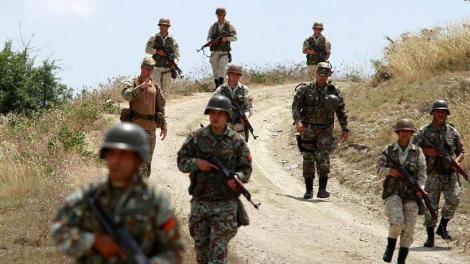 Στρατιωτική περίπολος της ΠΓΔΜ απέτρεψε είσοδο μεταναστών πυροβολώντας στον αέρα