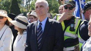 Αποδοκιμασίες με μπουκάλια σε Βαρεμένο μετά την παρέλαση στη Μελβούρνη
