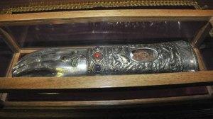 Η δεξιά χείρα του Αγίου Νεκταρίου στον Αλμυρό - Ανακομιδή των Λειψάνων του Αγίου Νικολάου
