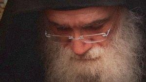 Ο κορωνοϊός κλείνει το μοναστήρι του Γέροντα Νεκτάριου Μουλατσιώτη