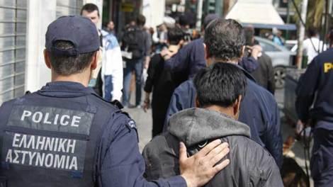 Ελλάδα | «Tαρίφα» 6.000 ευρώ για πρόσφυγες και μετανάστες από κύκλωμα διακινητών