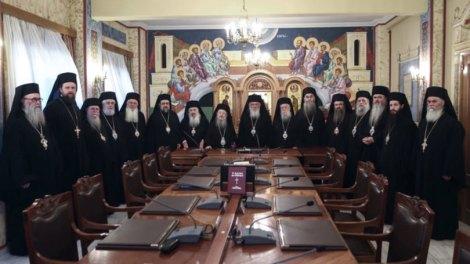 Η Εκκλησία της Ελλάδος ζητά να λειτουργήσουν όλοι οι ναοί κεκλεισμένων των θυρών