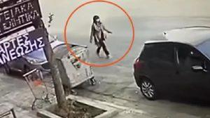 Επίθεση με βιτριόλι: Ντοκουμέντο από την «πρόβα» της 35χρονης πριν την επίθεση ΒΙΝΤΕΟ