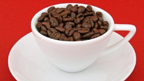 Ποιες παρενέργειες προκαλεί ο καφές στην υγεία μας