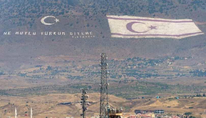 Κύπρος - κατεχόμενα: Παρέλαση της ντροπής ανήμερα της επετείου της τουρκικής εισβολής