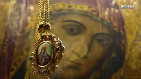 Γερόντισσα Σωφρονία : Η δική μας Παναγία και ο Ελληνικός Αύγουστος