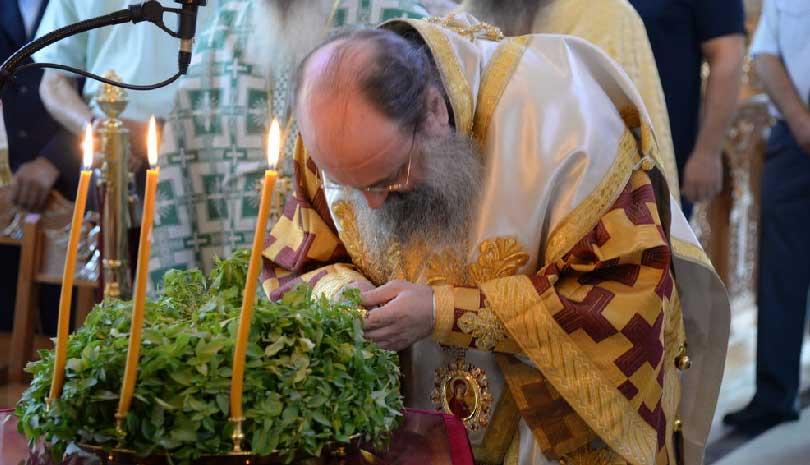 Μητροπολίτης Πατρών Χρυσόστομος : «Oι Ιερείς μας στηρίζουν την Ελλάδα»