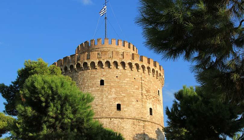 Θεσσαλονίκη: Φυλλάδια κατά του εμβολίου (φωτογραφίες)