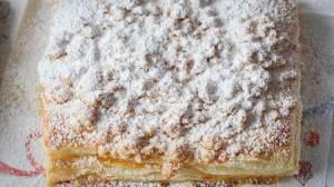 Aγιορείτικη συνταγή για γλυκιά μπουγάτσα με τυρί.