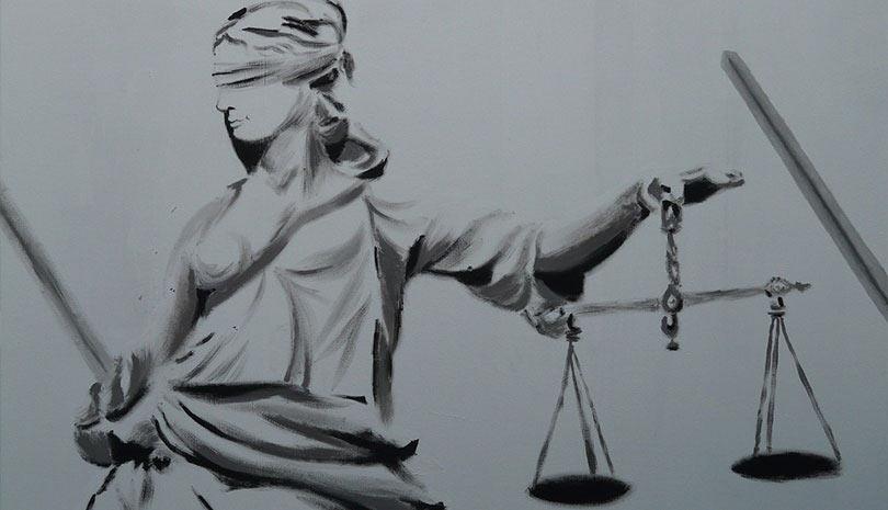 Covid-19: Μήνυση κατά παντός υπευθύνου