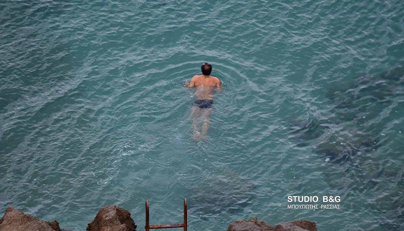 Χειμερινοί κολυμβητές στο Ναύπλιο