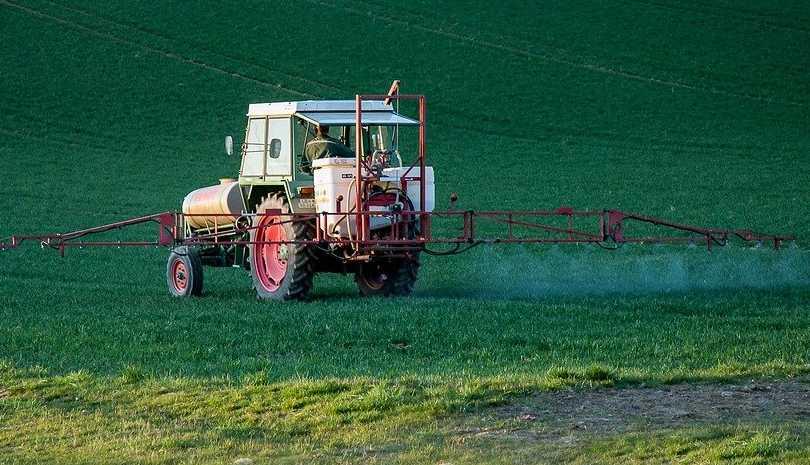 Δημοψήφισμα για να απαγορευτούν τα συνθετικά φυτοφάρμακα στην Ελβετία