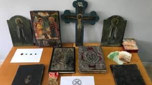 Συνελήφθη ιερέας για παράνομη κατοχή αρχαίων αντικειμένων