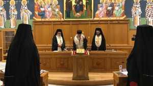 Διαρκής Ιερά Σύνοδος : Αποδεκτή η παραίτηση του Μητροπολίτη Θήρας