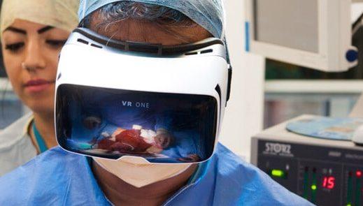 vr-healthcare-1-e1477647645517