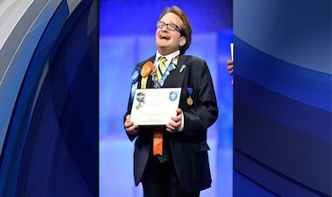 Photo of Teen Invents Award-Winning Implant to Treat His Own Spinal Condition