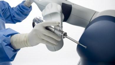 Photo of Cheyenne Regional Medical Center's new robotic arm aids orthopedic surgeons