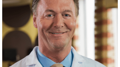 Photo of Leading Spine Surgeon Dr. Todd Lanman to Teach Course on Motion Preservation at 2nd Annual Advances in Motion Preservation,October 2 and 3