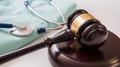 Photo of Orthopedic Surgeon Sues Arthrex Over Royalties