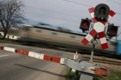 Resize-of-bariera-tren-pasaj-cale-ferata-CFR-LM__7290-480x319