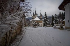 11-manastiri-neamt-in-timpul-iernii1