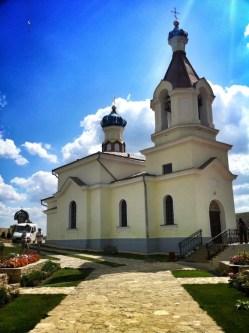 Orheiul-Vechi-Moldova-18-764x1024