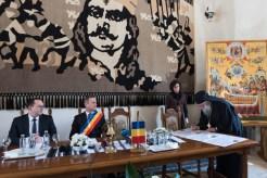 Act-simbolic-la-Mănăstirea-Putna-A-fost-semnată-o-Declarație-de-Unire-cu-Basarabia-FOTO-VIDEO-16