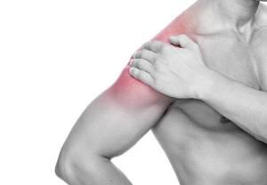 Dor no ombro que irradia-se para região lateral do braço;