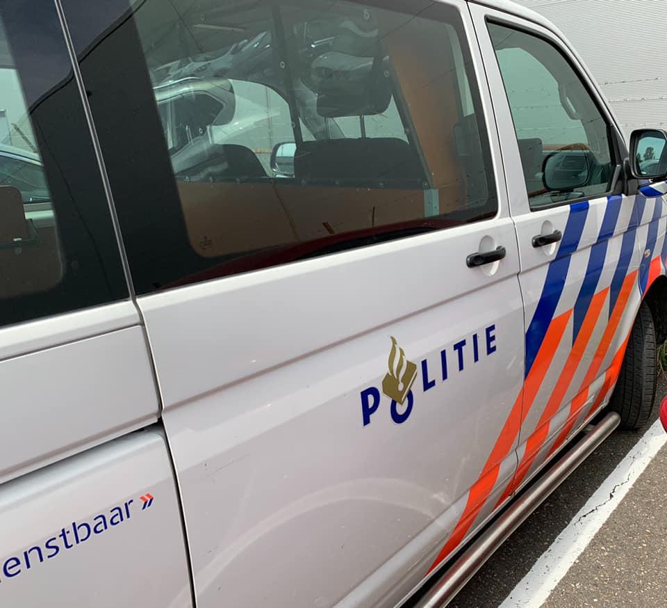 Politieauto-foto-willem-v-Hooijdonk
