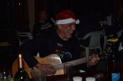 Lothar mit Gitarre