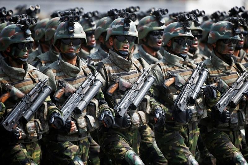 Severnokorejski vojnici