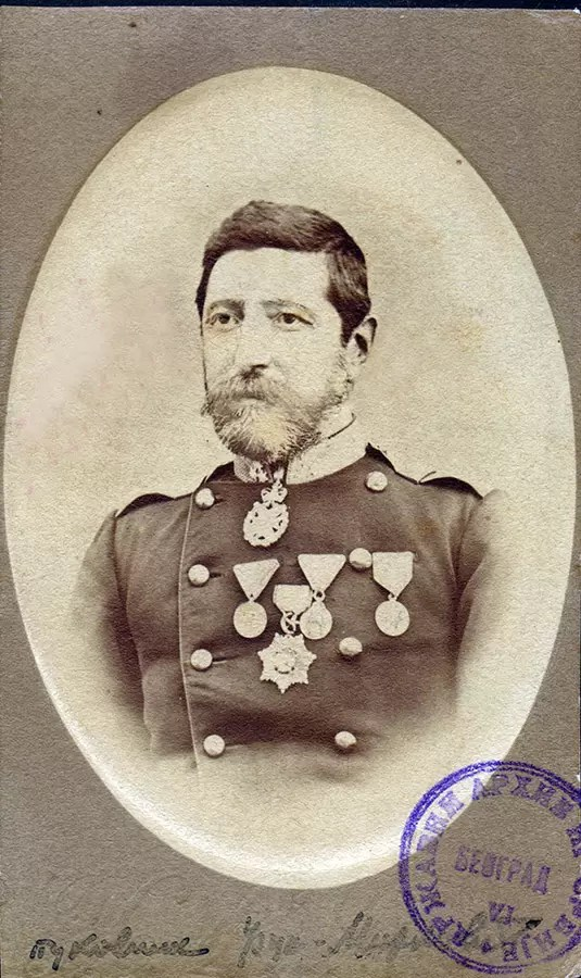 Pukovnik Ljubomir Apostolović Uzun-Mirković (1832-1905) koji je 3. decembra 1868. praktično komandovao prvo ispalјivanje plotuna iz grinovača. AS, PO k66-218