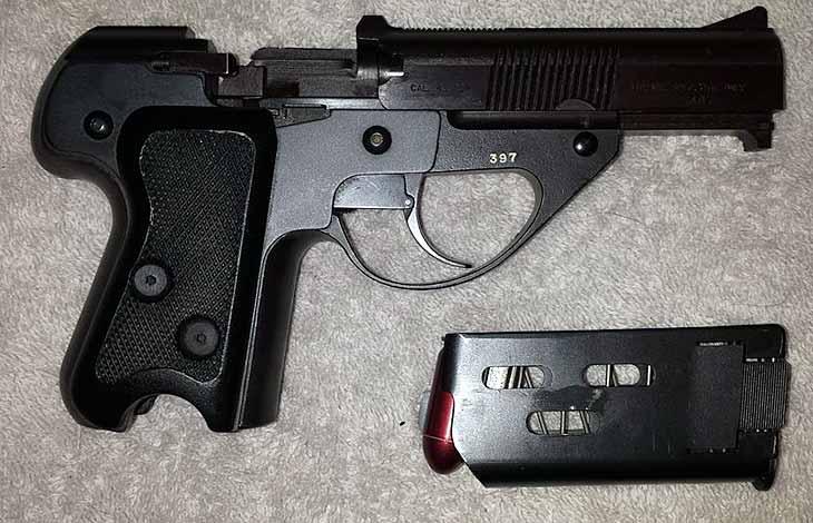 Americki pistolj Sammerling L M4 koji se ručno repetira