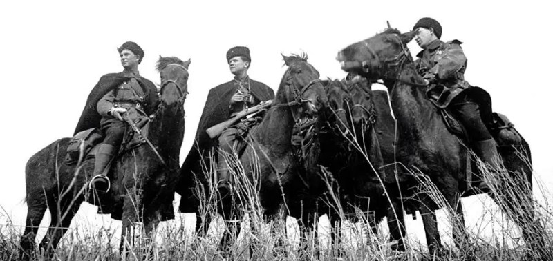 Konjanici Donskih konjickih pukova
