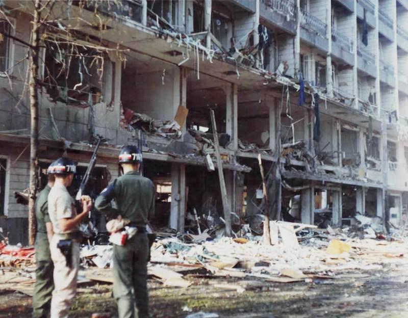 006 Victoria hotel nakon napada automobila-bombe
