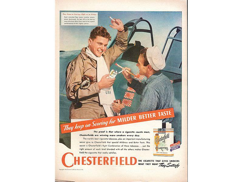 Chesterfield je bila jedna od mnogih duvanskih kompanija koja je tokom oba svetska rata u svojim oglasima prikazivala vojnike sa njihovim cigaretama. (izvor: ebay)