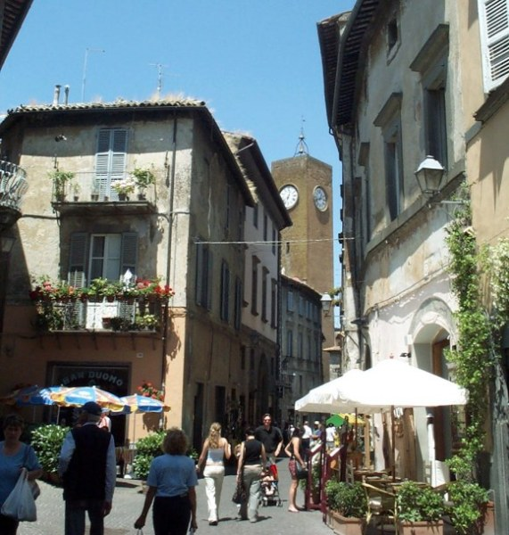 Turismo a Orvieto e comprensorio, a giugno molto buono l'andamento di arrivi e presenze