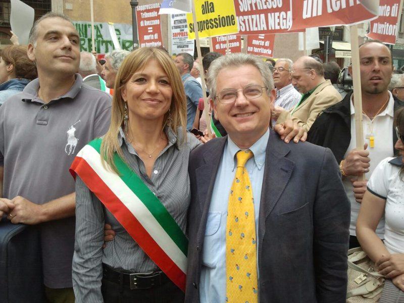 Il vicesindaco Tardani a capo del manipolo di orvietani in marcia a Roma