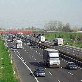Lavori di pavimentazione in autostrada, chiusa  l'entrata della stazione di Fabro verso Roma