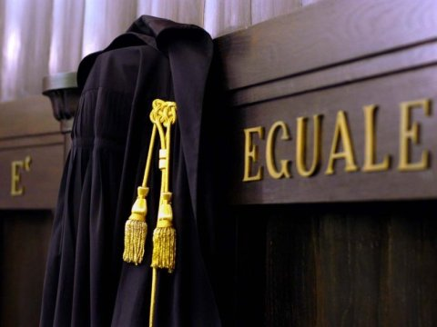 Via il tribunale, salvo il giudice di pace