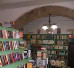 """Alla Libreria Valente riprendono """"I lunedì del Cantastorie"""""""